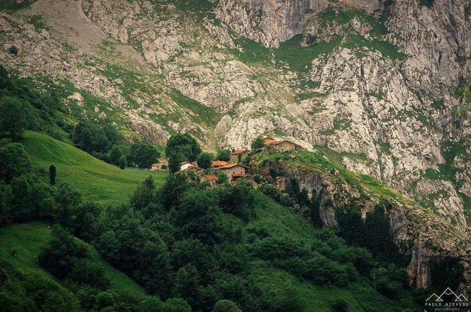 Bulnes, dormir no coração dos Picos da Europa