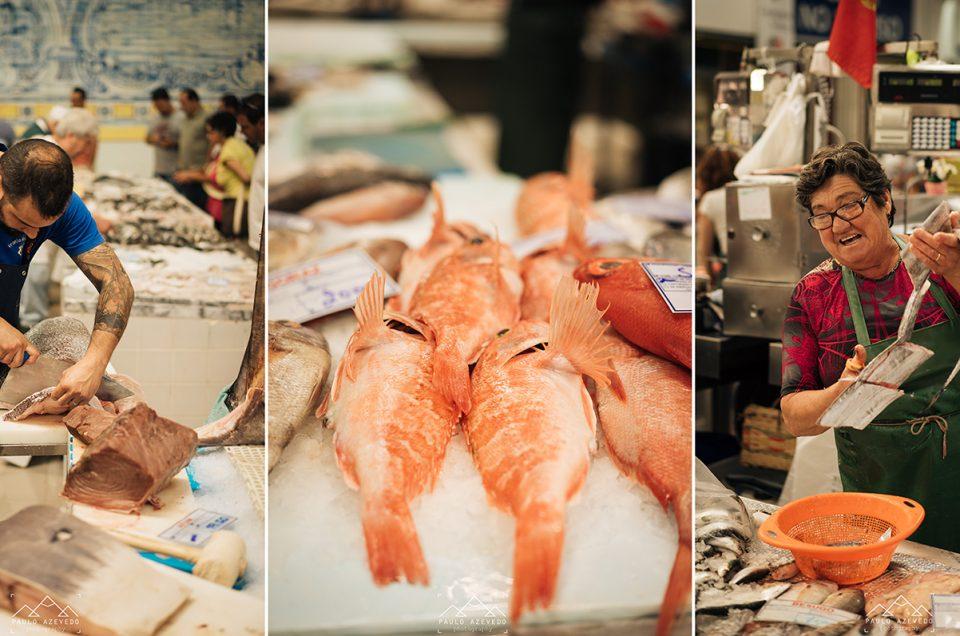 Com a minha mãe no mercado de peixe de Setúbal