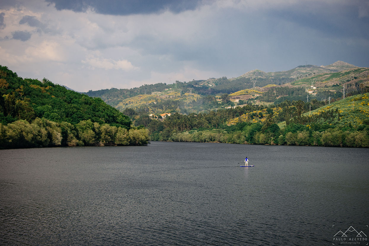 Stand-up paddle no rio Lima