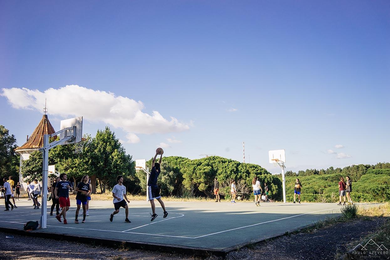 Campo de basquetebol junto ao moinho do Penedo, Parque Florestal de Monsanto, Lisboa